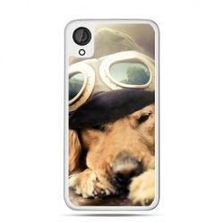 Etui dla Desire 820 pies w okularach