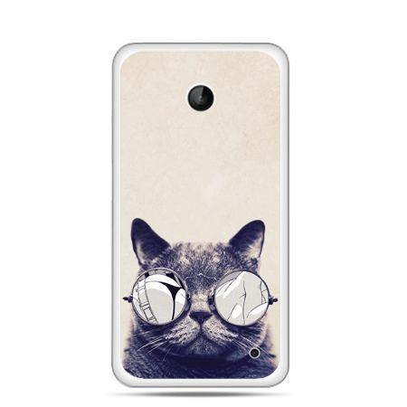 Nokia Lumia 630 etui kot w okularach